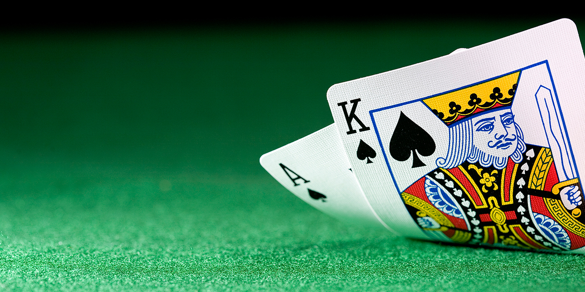 How to play blackjack games, live or online, tricks and tips